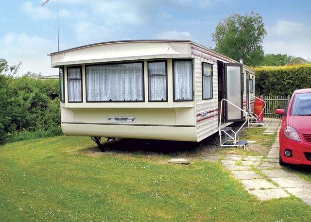 Beautiful  Static Caravan Holiday Hire At The Gap East Runton Cromer Norfolk