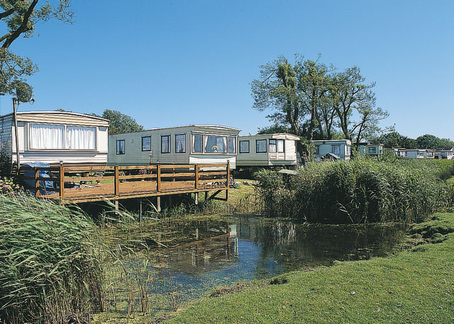 Perfect  Caravan Holiday Hire At West Sands Selsey Nr Bognor Regis West